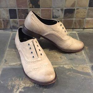 Trouve Slip On Leather Oxfords Size 6.5